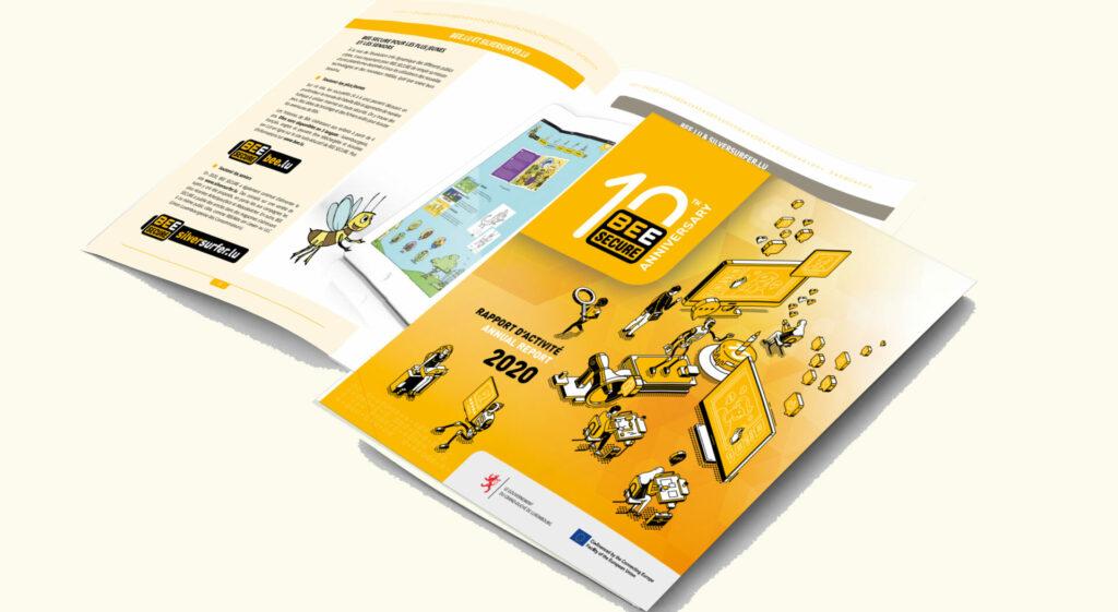 Un exemplaire du rapport d'activité sur fond jaune